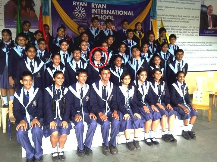 Dhvani Bhanushali in school