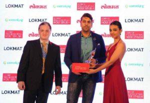 Radhika Apte with Lokmat Maharashtra'sMost Stylish Award