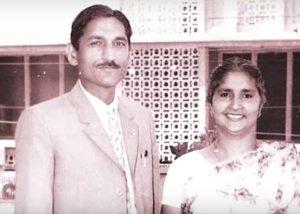 Mahashay Dharampal Gulati with his wife Leelawanti