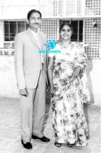 Mahashay Dharampal Gulati with his wife Leelawanti