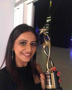 Rakul Preet Singh with 6th South Indian International Movie Awards