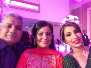 Geeta Basra parents and sister