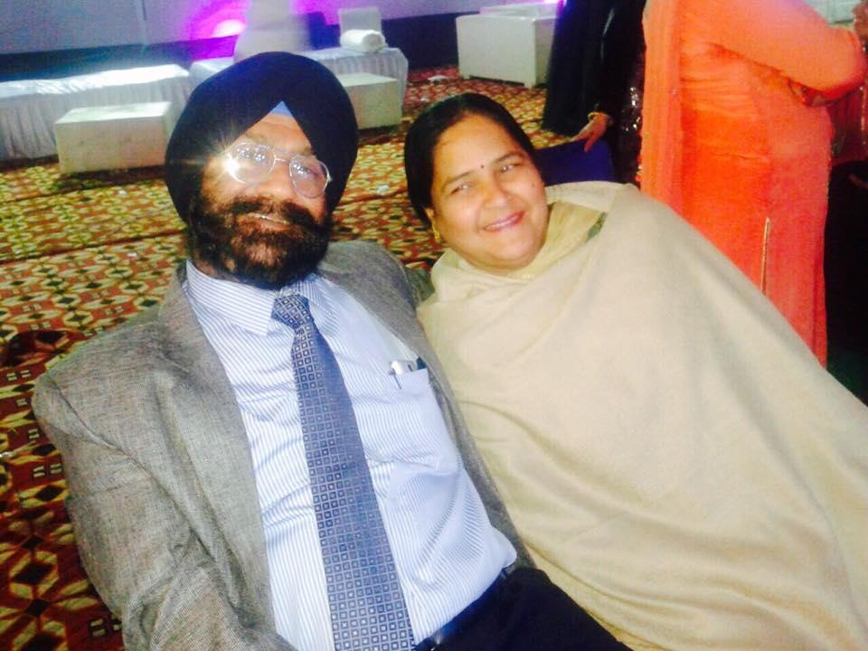 Jasmin Bhasin parents