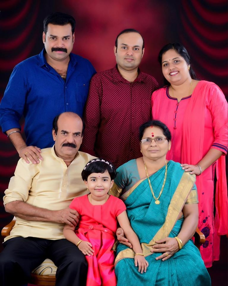 Pradeep Chandran with his father, mother, and brother
