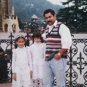 Pratibha Ranta with her father and sister