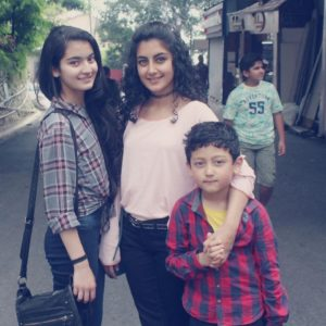 Pratibha Ranta with her sister and brother