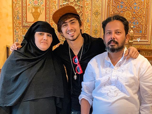 Adnaan Shaikh with his family