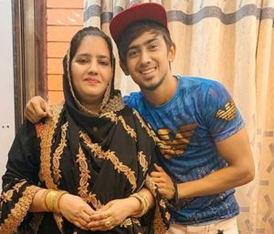Adnaan Shaikh with his mother
