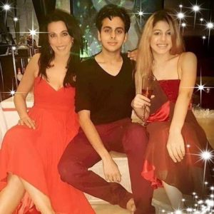 Farhan Furniturewala wife and children