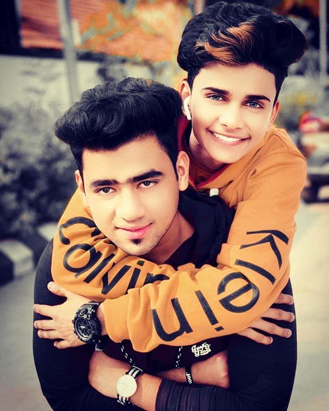 Lucky Dancer with his brother