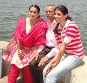 Naved Qureshi parents and wife