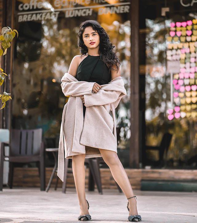 Nisha Guragain Height