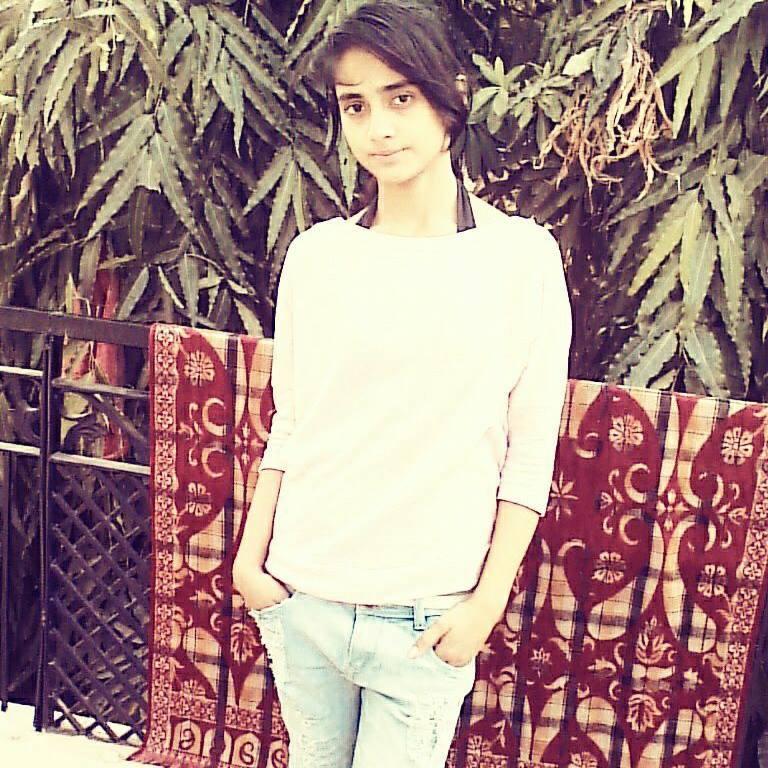 Nisha Guragain old pic