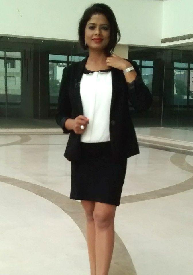 Sarika Singh Height