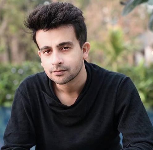 Akhlaque Khan