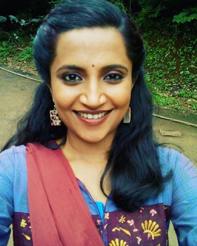 Anuradha Athlekar