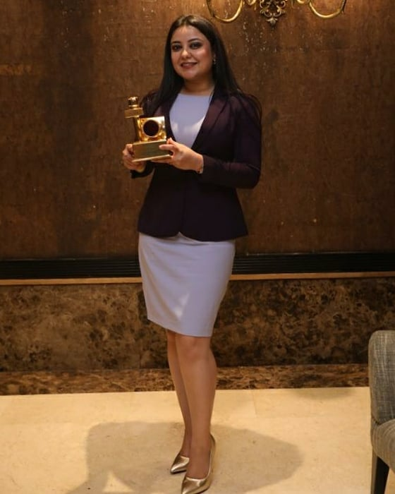 Madhuri Kalal with her award