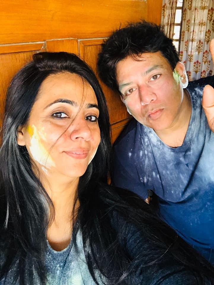 Naghma Sahar with her husband Rajeev Srivastava