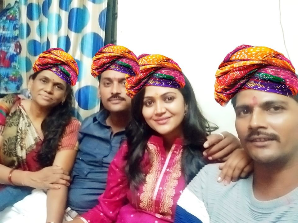 Naina Yadav with her family