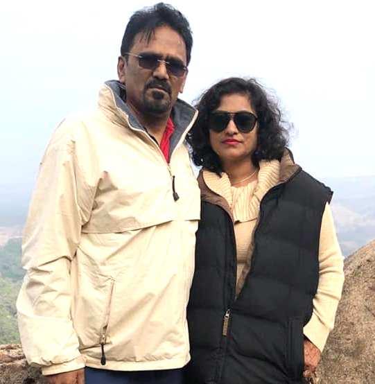Khushbu Baid parents