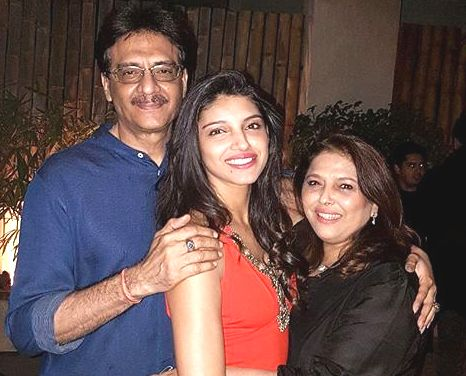 Miheeka Bajaj with her parents