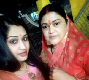 Prachi Devi with her mother