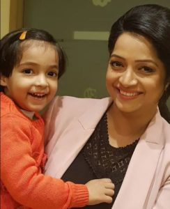 Preeti Raghunandan with her daughter