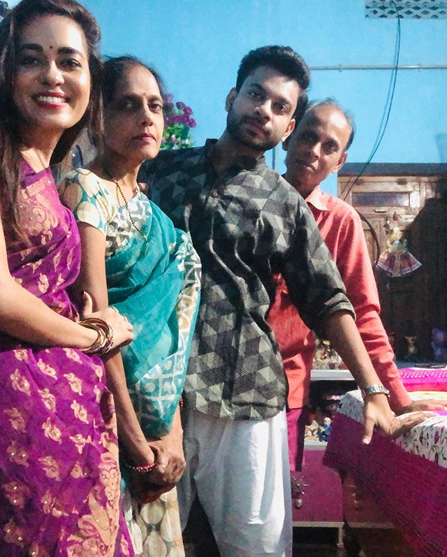 Shikha Sinha with her family