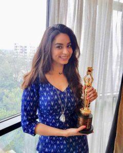 Soundarya Sharma with her Best Debut Actress Award