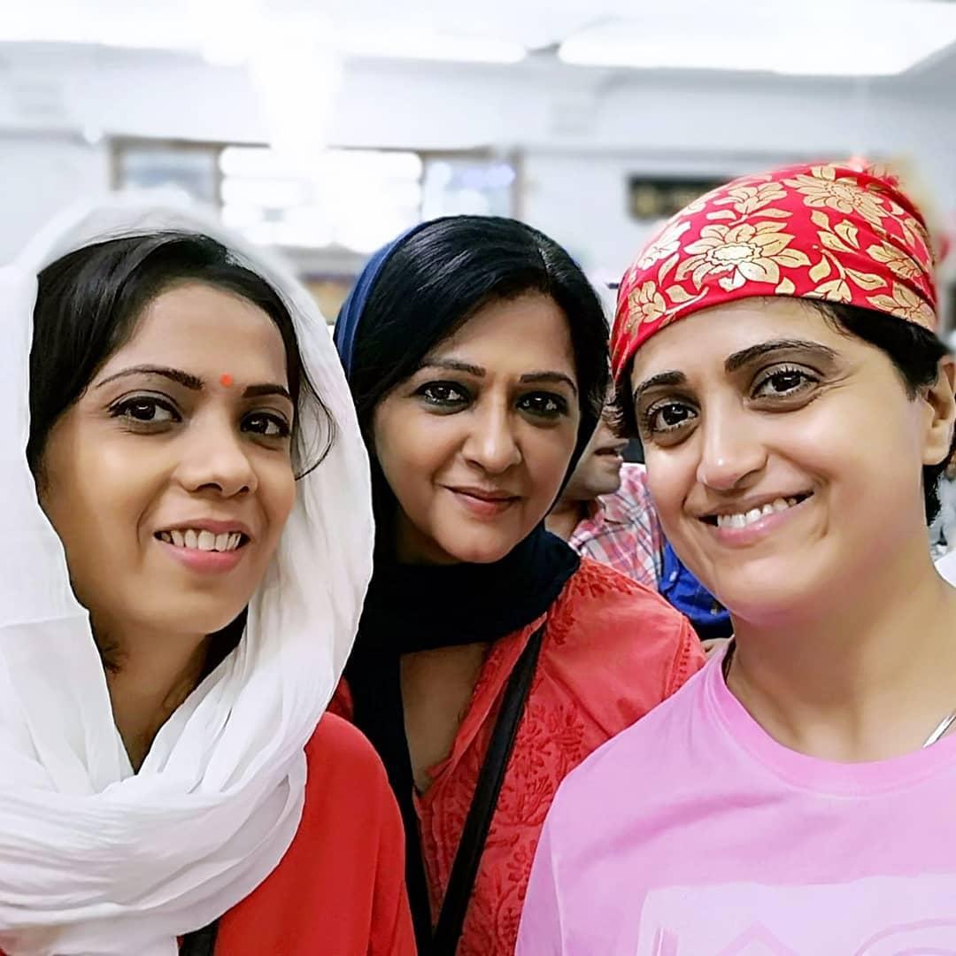 Usha Bachani with her sister