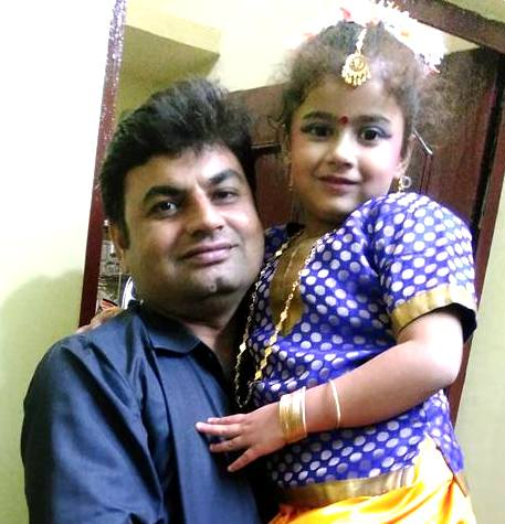 Ananya Dwivedi with her father