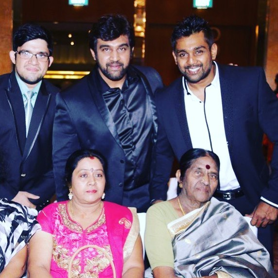 Chiranjeevi Sarja with his family
