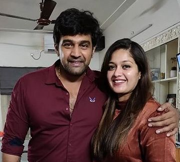 Chiranjeevi Sarja with his wife