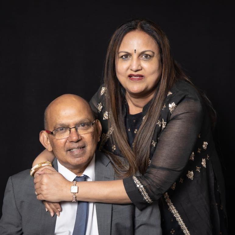 Nisha Mavani parents