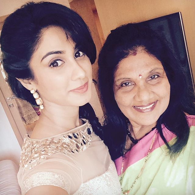 Deepti Sati with her mother