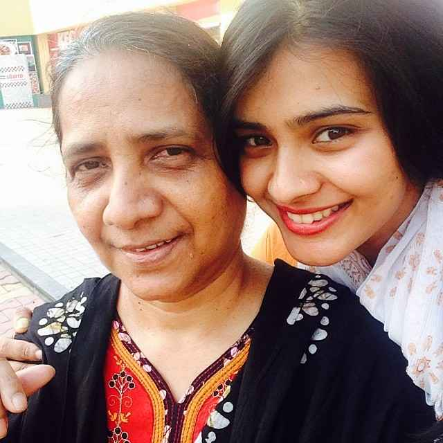 Hebah Patel with her mother