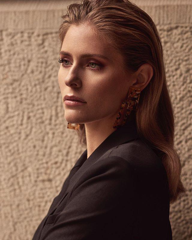 Jordan Claire Robbins