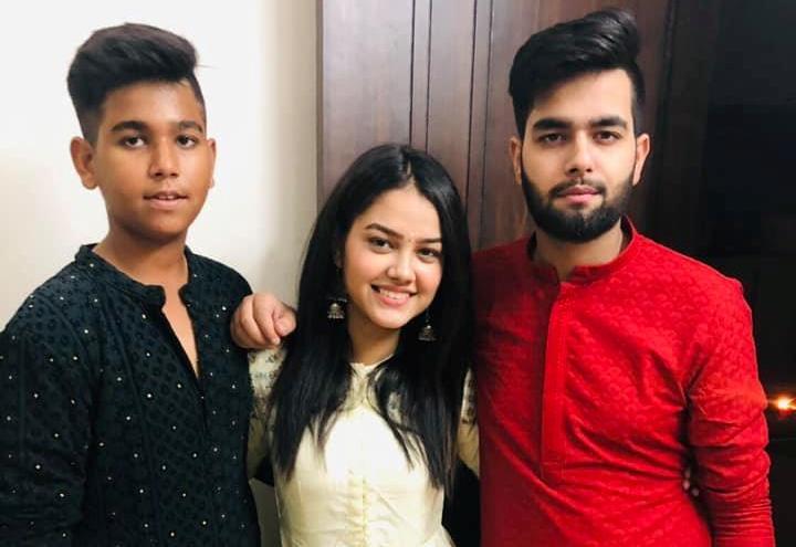 Priyal Mahajan with her brother