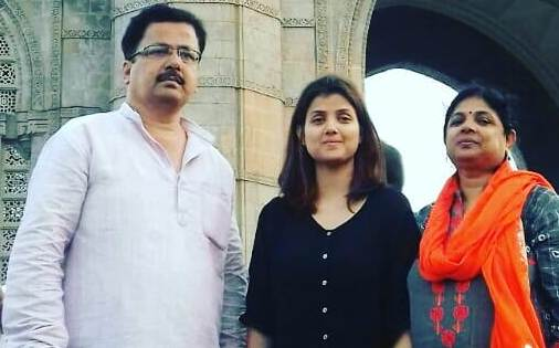 Sumati Singh with her parents