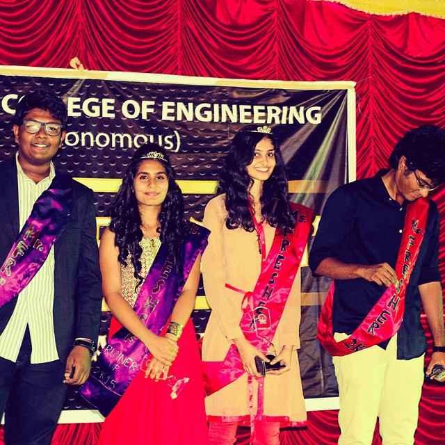 Manasa Varanasi as the winner of Ms. Fresher
