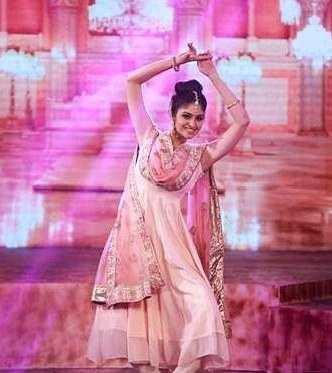 Manasa Varanasi in the colors Femina Miss India south 2019