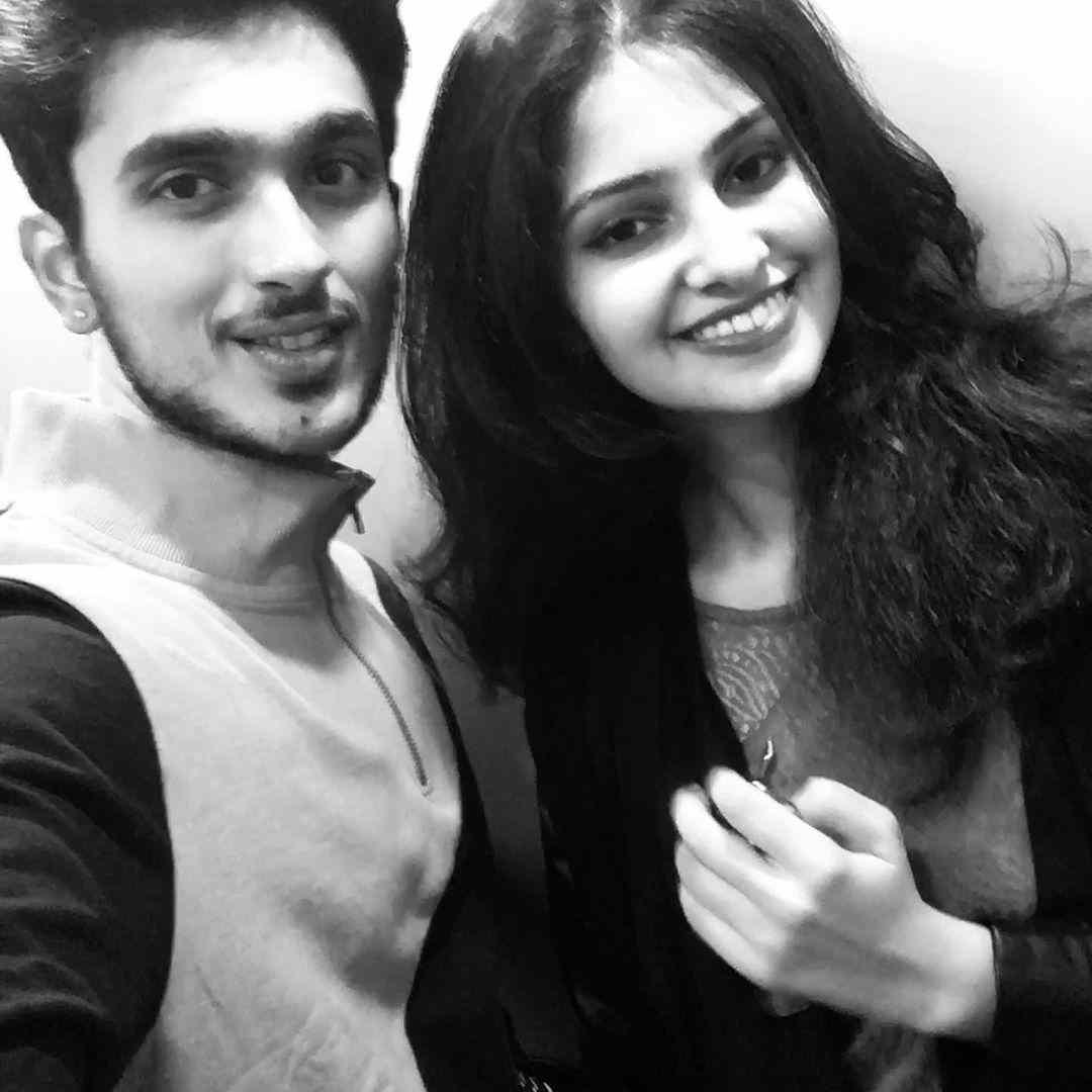 Manasa Varanasi with her boyfriend