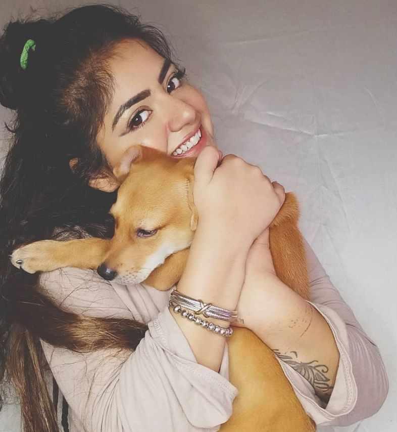 Shreya Tyagi with her pet dog