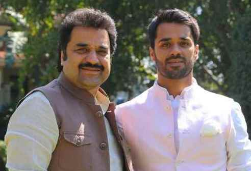 Bhavya Bishnoi with his father