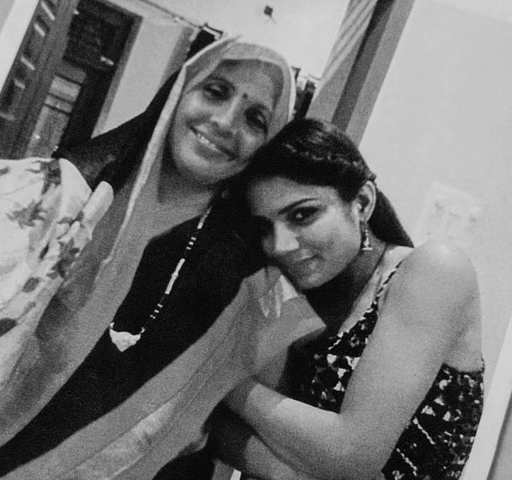 Palak Singh with her mother