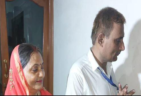 Shubham Kumar's parents
